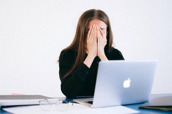 プログラミング教育の現状|73%の小学校教員が不安を感じている
