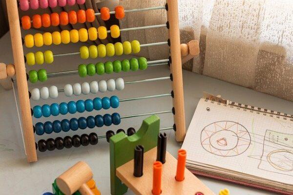 【価格別】幼児向けプログラミング学習できる人気おもちゃ10選